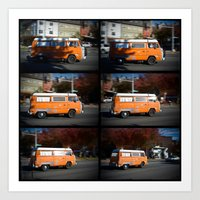 VW Microbus - display of motion and character Art Print