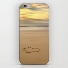 love on the beach iPhone & iPod Skin