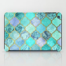 Cool Jade & Icy Mint Decorative Moroccan Tile Pattern iPad Case