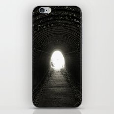 Tunnel iPhone & iPod Skin