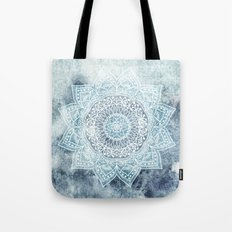 DEEP BLUE MANDALA Tote Bag