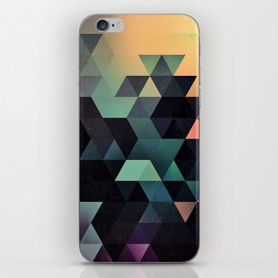 ynclyssy iPhone & iPod Skin