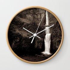multnomah falls. Wall Clock