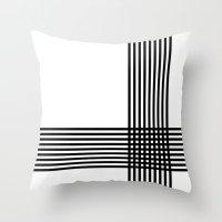 Krizanje V.2 Throw Pillow