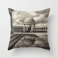 Eaton Park, Norwich, Nor… Throw Pillow