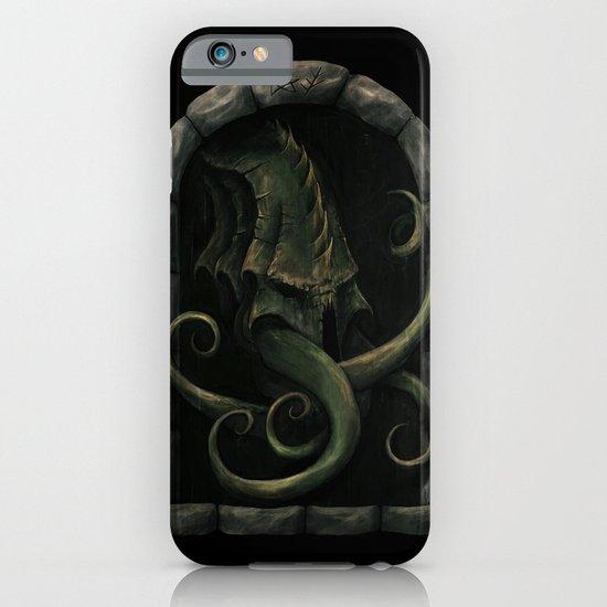 Cthulhu Awakens iPhone & iPod Case