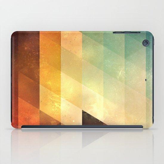 lyyt lyyf iPad Case