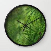Mélèze Wall Clock