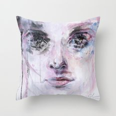 resize me Throw Pillow