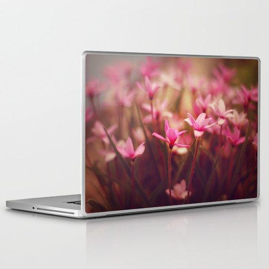 Pink prettiness Laptop & iPad Skin