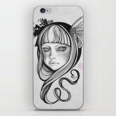 Skågsrå I iPhone & iPod Skin