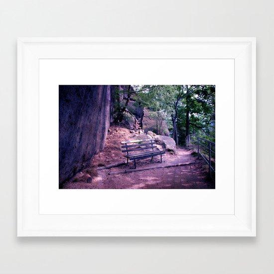 Lieu de repos Framed Art Print