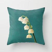 Botanical Flower Photogr… Throw Pillow