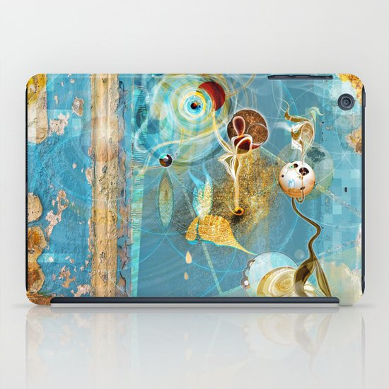 Cosmodigilogital Honey iPad Case