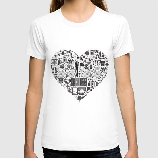 LIKES PATTERNS T-shirt