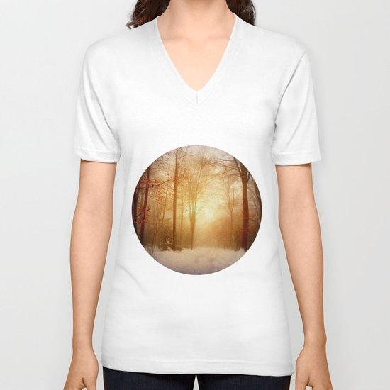 warm wintEr glOw V-neck T-shirt