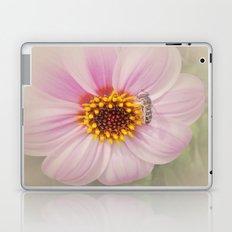 Vintage Flower Laptop & iPad Skin