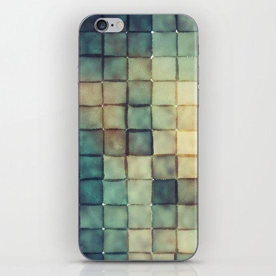 Polaroid Pixels III (Chain) iPhone & iPod Skin