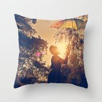 sunshine umbrella Throw Pillow
