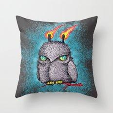 Fantasy night owl Throw Pillow