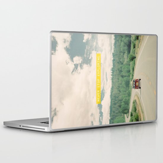 NEVER STOP EXPLORING - vintage volkswagen van Laptop & iPad Skin