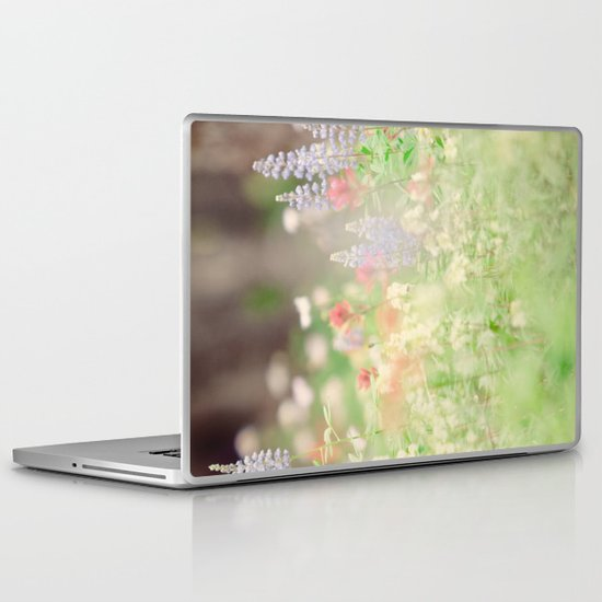 SUMMER HIKE  Laptop & iPad Skin