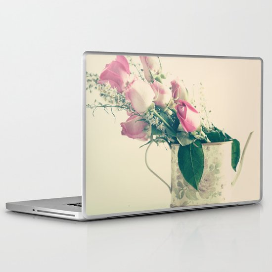 Shabby Chic Roses - Retro Vintage Pink Floral Photography on beige background Laptop & iPad Skin