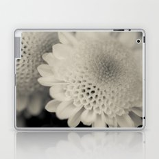 Honeycomb Daisy Flower Laptop & iPad Skin