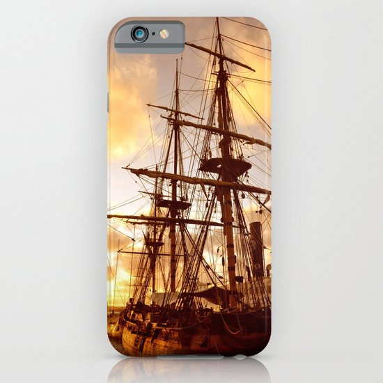 PIRATE SHIP :) iPhone & iPod Case