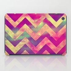 chevron-432 iPad Case
