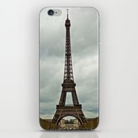 Eiffel Tower On A Cloudy… iPhone & iPod Skin