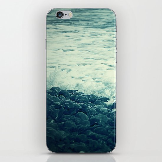 The Sea V. iPhone & iPod Skin