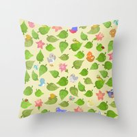 birds&leaves Throw Pillow