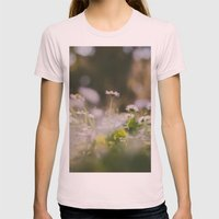 White Daisy Womens Fitted Tee Light Pink SMALL