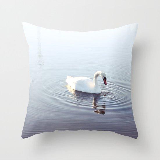 the beautiful swan Throw Pillow