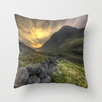 Tryfan By Morning Throw Pillow
