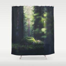 Shower Curtain - Never trust a fairy - HappyMelvin