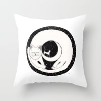 Cats Life: Dreaming Throw Pillow