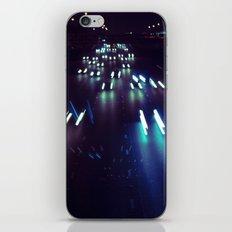 (purp)xSTREETZ3 iPhone & iPod Skin
