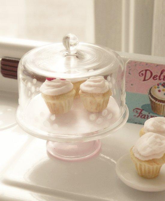 Vintage Cupcakes Art Print