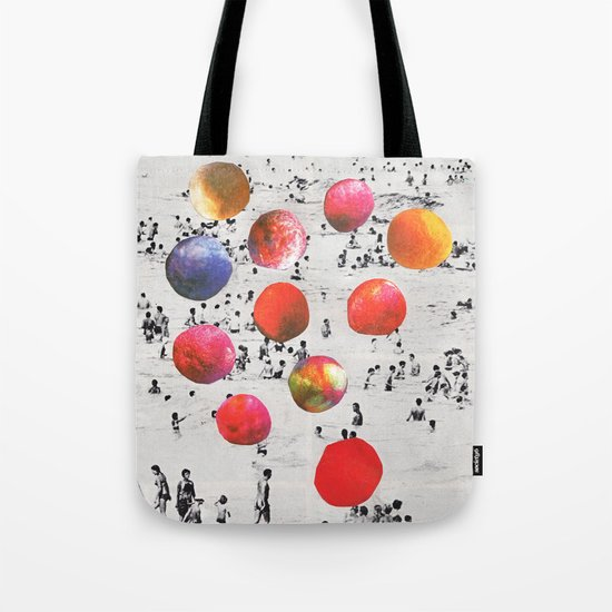 BEACH BALLS Tote Bag