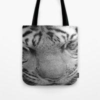 Le Tigre Pendant Sa Sies… Tote Bag