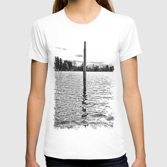 Scenic solitude T-shirt