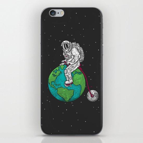 Ride the world iPhone & iPod Skin