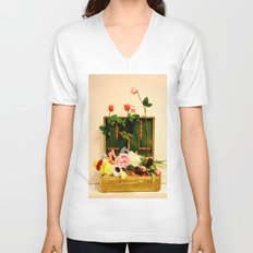 Travel happiness Unisex V-Neck