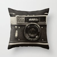 FED 5 | Vintage Camera Throw Pillow