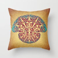 Medusa Barroca Throw Pillow