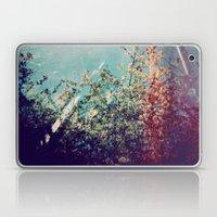 Holga Flowers III Laptop & iPad Skin
