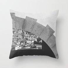Napoli città nascosta Throw Pillow