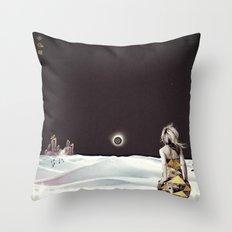 Hino Hurriano Nº 6 Throw Pillow